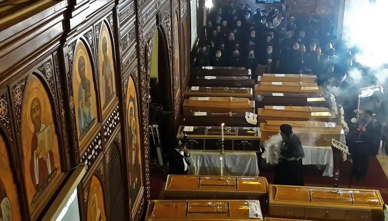 Funérailles suite à la tuerie de chrétiens coptes le Dimanche des Rameaux, le 9 avril 2017